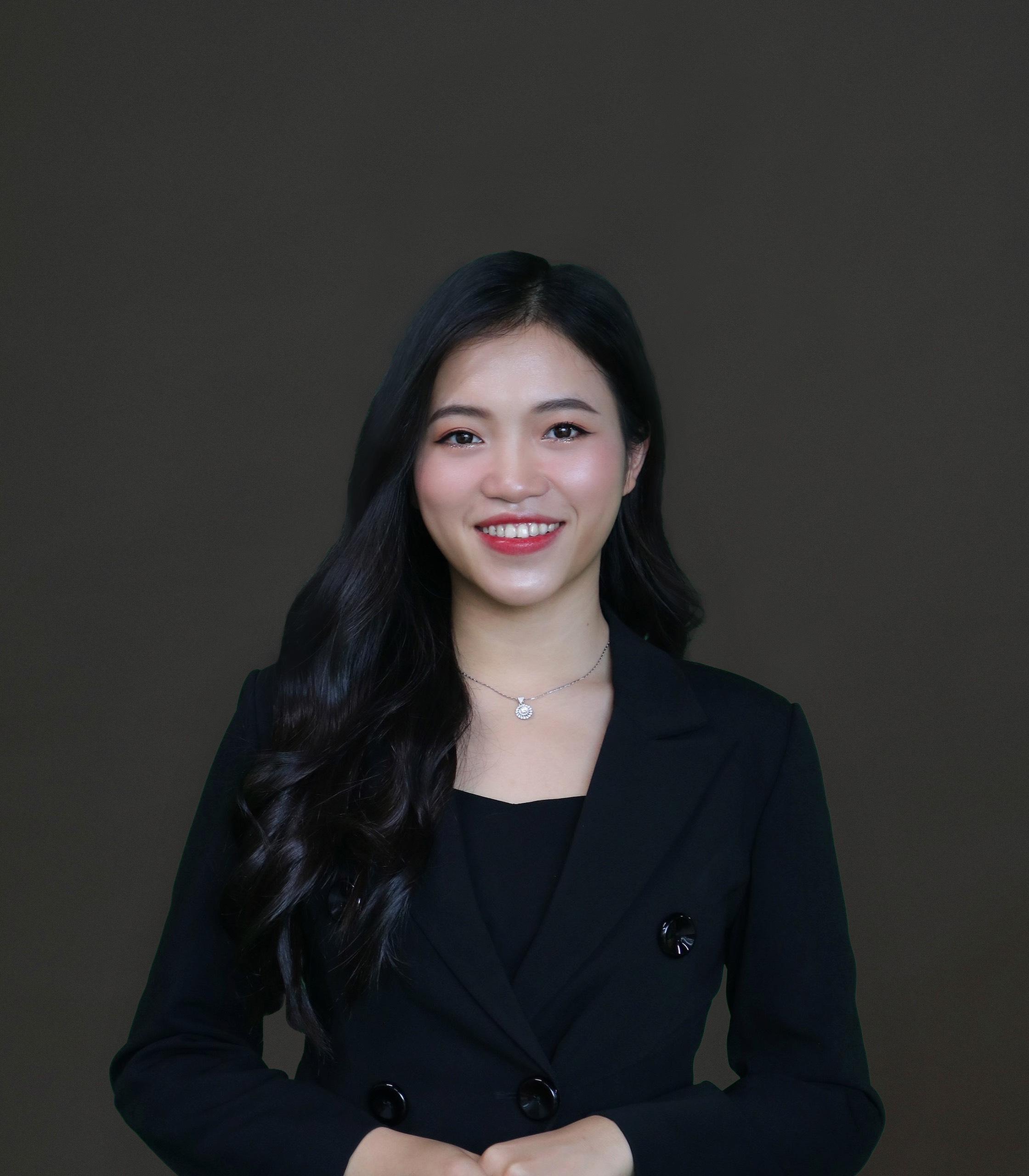 Hà My - Giám đốc Kinh doanh Quốc tế